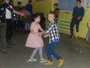 tanczą w parze